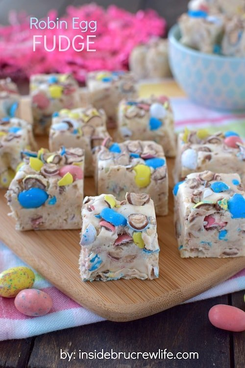 Robin Egg Fudge - this easy vanilla malt is packed full of Easter candy. Great recipe to use up that leftover candy!