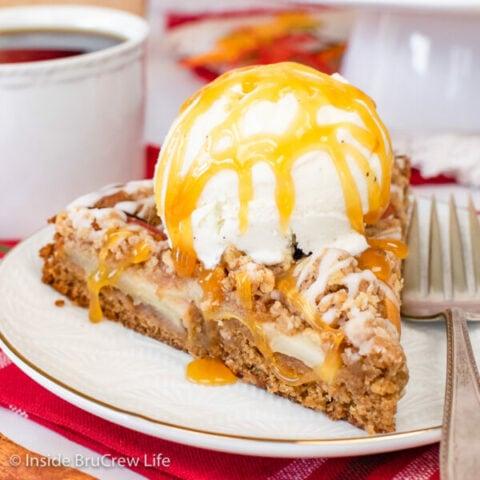 Apple Crumble Cake Recipe