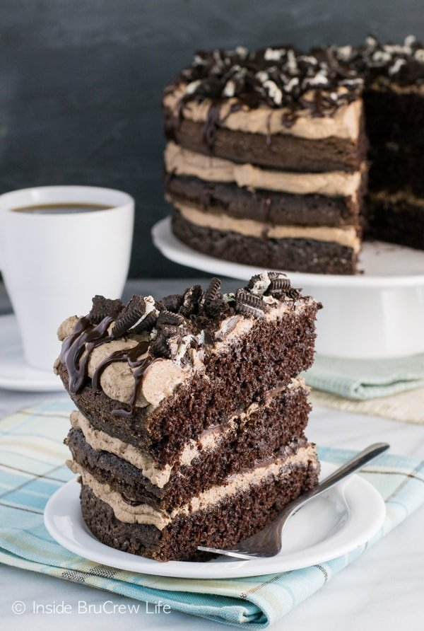 Crushed cookies, chocolate, and coffee cream make the layers of chocolate cake amazing to dig into.