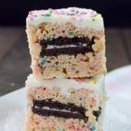 Oreo Stuffed Rice Krispie Treats