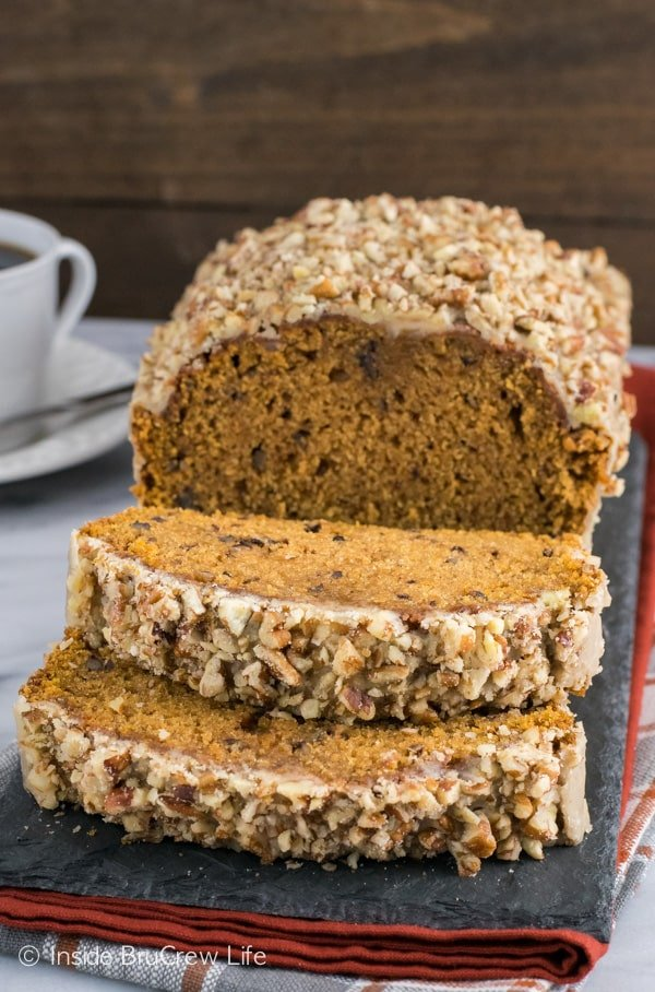 Pumpkin Pecan Bread - pecans and glaze added to this easy pumpkin bread makes it the best sweet bread for fall. Make this easy recipe for breakfast or snack.