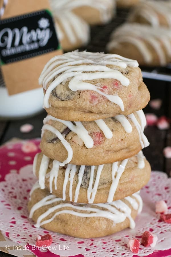 These White Chocolate Peppermint Cookies are loaded with chocolate chips and peppermint. White chocolate drizzles make them so festive!