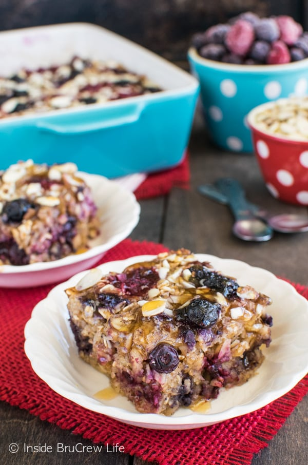 Berries and almonds make this Almond Berry Baked Oatmeal recipe a great breakfast choice.