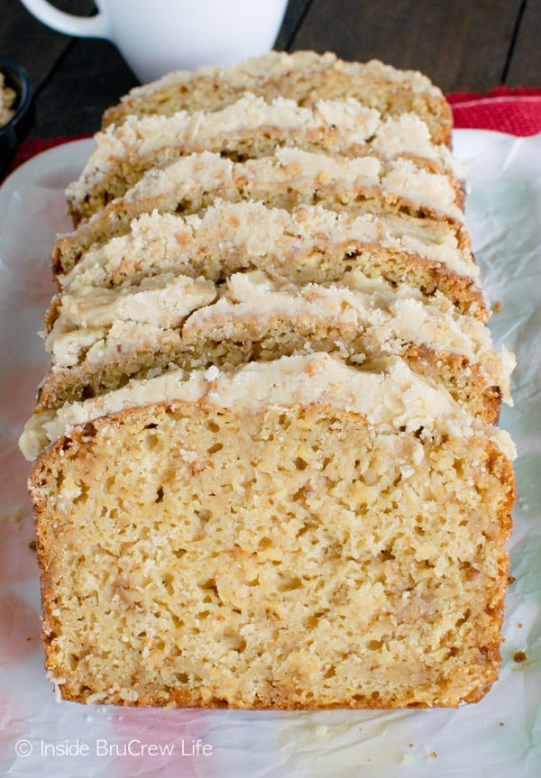 Toffee Apple Bread - brown sugar frosting on top of this sweet apple bread adds the perfect touch! Great breakfast recipe!