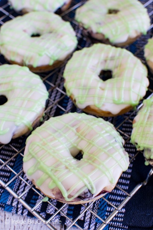 These easy baked Blueberry Key Lime Donuts are a fun summer breakfast treat. Great recipe!