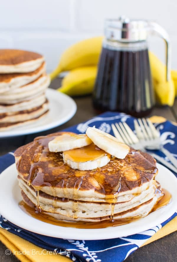 Banana Pancakes - these easy pancakes come together quickly in the blender. Make a batch and freeze them for later! Great breakfast recipe!