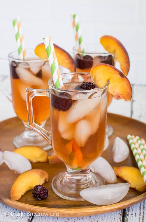 Sparkling Blackberry Peach Tea - peach tea and blackberry water is a refreshing drink on a hot day! Great drink recipe!