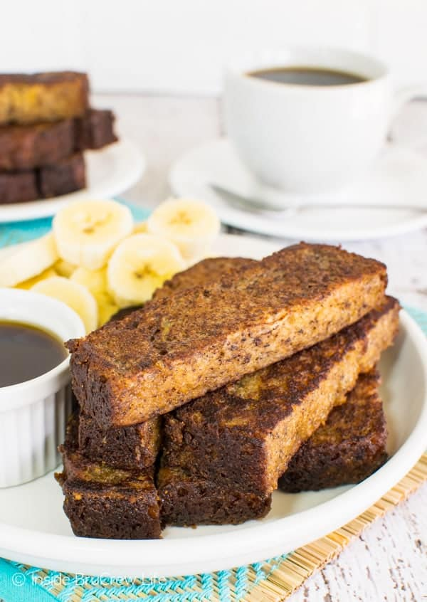 Banana Bread French Toast Sticks - use a loaf of your favorite banana bread to make this easy breakfast treat. Great recipe for busy mornings!