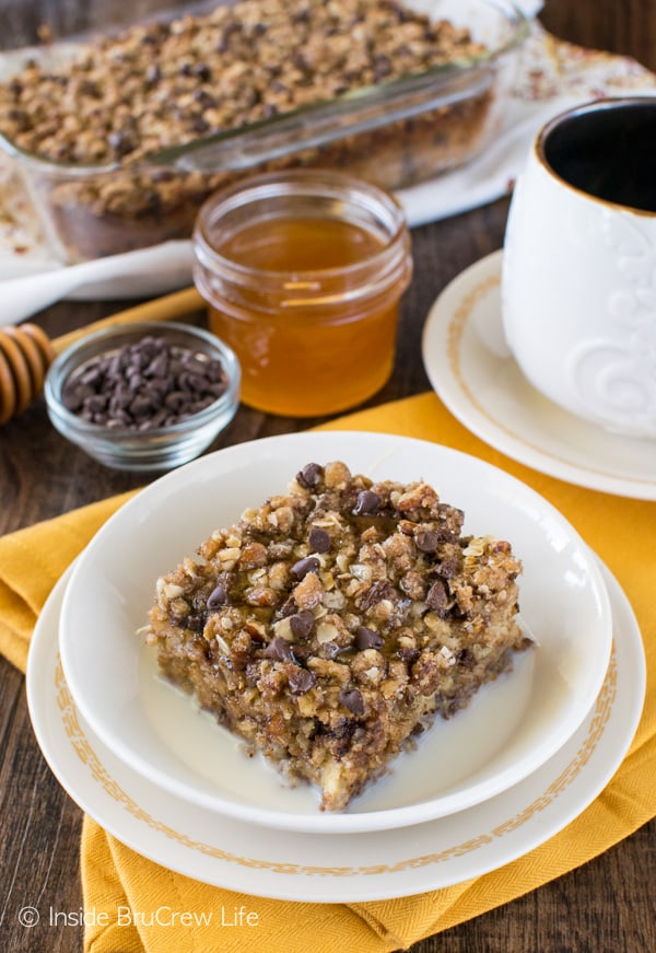 This easy Chocolate Chip Banana Streusel Baked Oatmeal is a great breakfast recipe to enjoy in the morning. Try it drizzled with milk and honey!