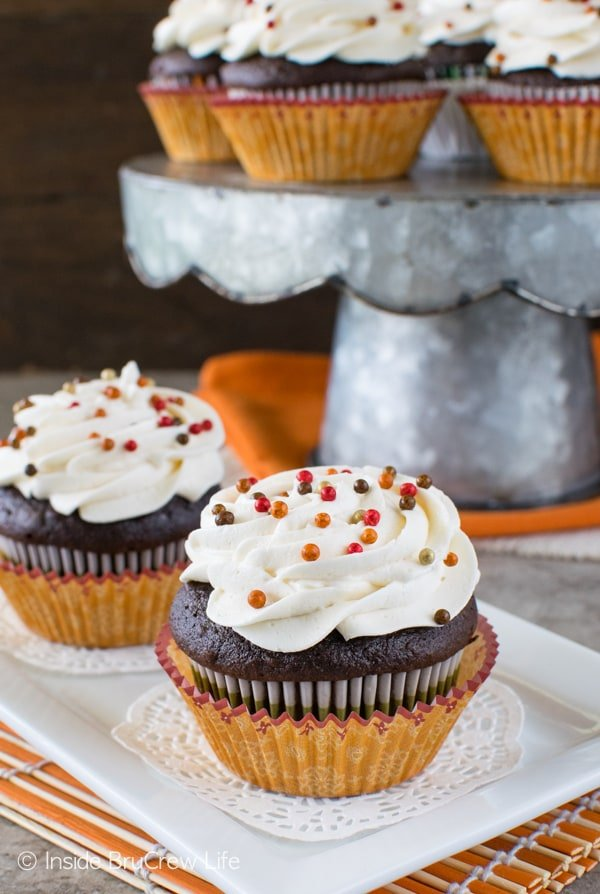 Chocolate Pumpkin Cream Filled Cupcakes - chocolate and pumpkin is a great combo for fall recipes.