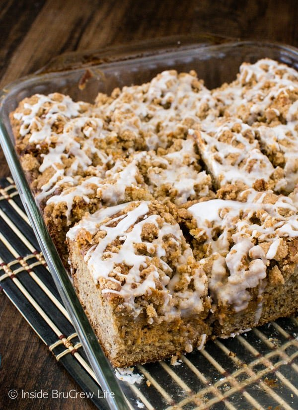 Crumbles & glaze give this Banana Caramel Coffee Cake an amazing texture and flavor. Awesome breakfast or dessert recipe!