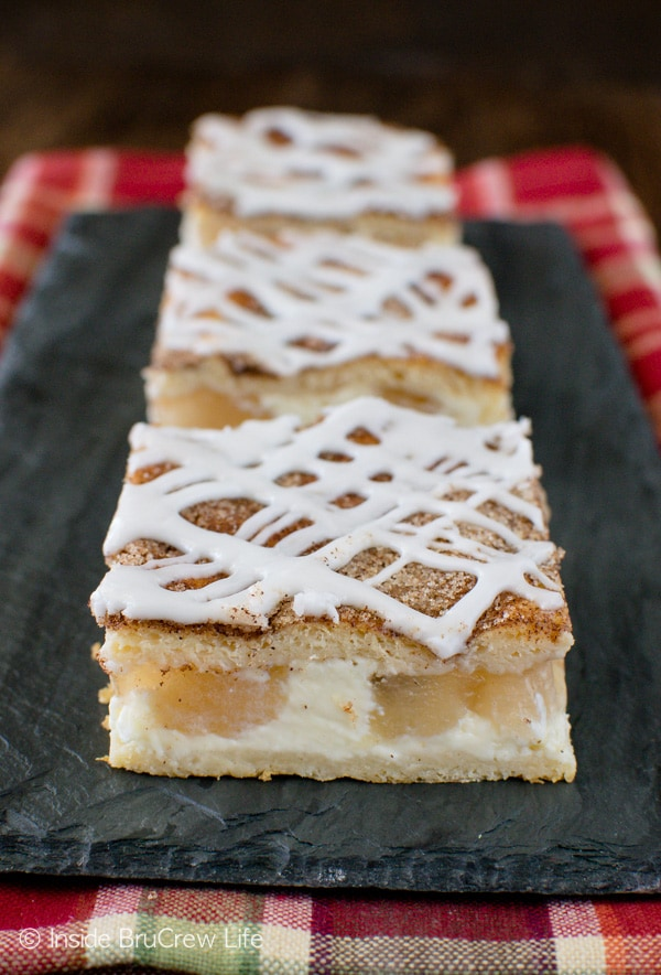 Cinnamon Sugar Apple Cheesecake Danish - a crunchy sugar coating gives a sweet crunch to the creamy cheesecake and apple chunks. Great breakfast or dessert recipe!