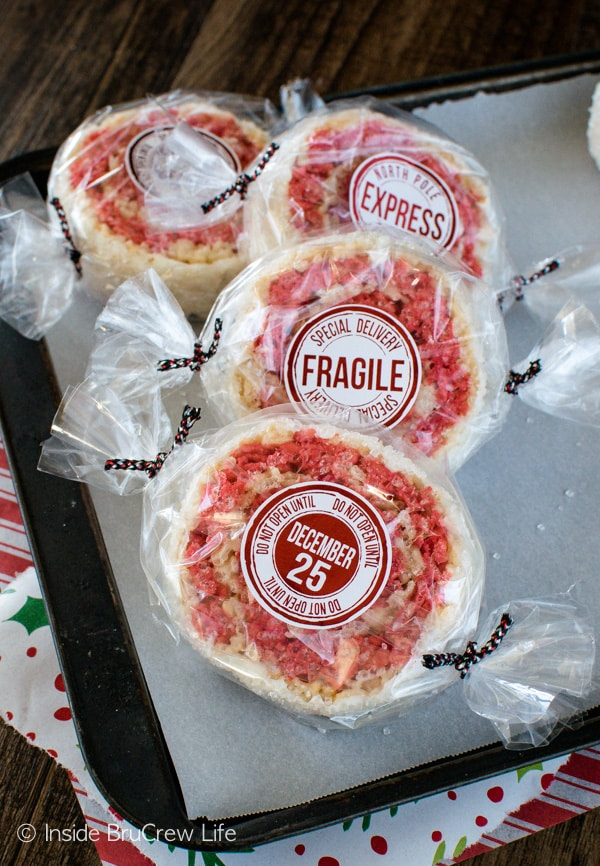 Peppermint Rice Krispies Pinwheels - wrap these easy no bake treats with cellophane bags and ribbon for a fun holiday treat.