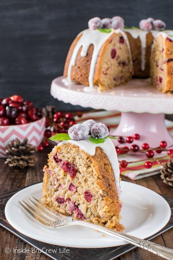 Apple Cranberry Bundt Cake - fruit and nuts give this sweet cake a great taste and texture. Great recipe for holiday parties!