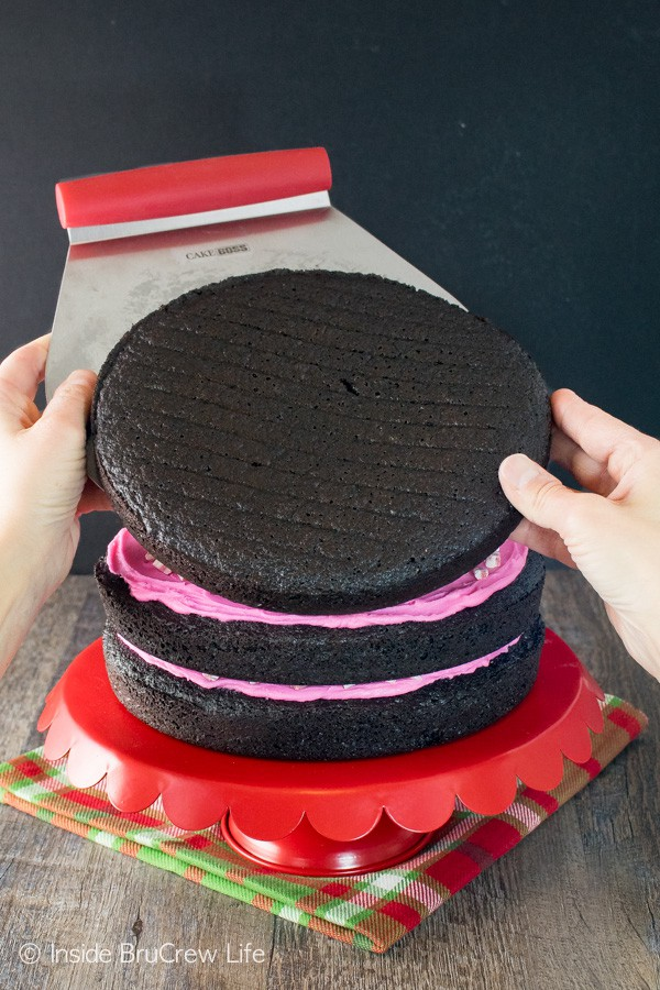 How to make a Chocolate Peppermint Layer Cake using Cake Boss tools.