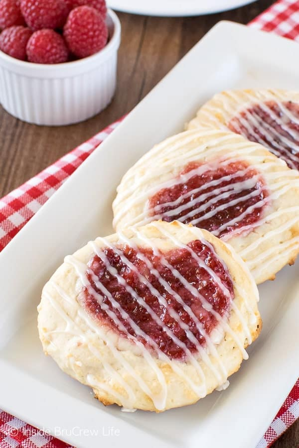 Raspberry Cheesecake Danish - this easy danish has a cheesecake and jelly center. Perfect breakfast or after school recipe!