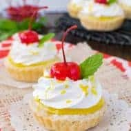 Mini Lemon Cheesecake Pies