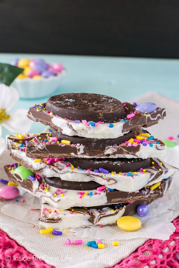 Peppermint Pattie Easter Bark - chocolate swirls, sprinkles, and candy creates an easy no bake Easter treat!