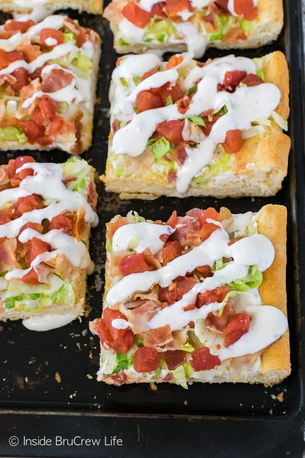 Chicken BLT Ranch Pizza - this easy cold pizza is loaded with tomatoes, bacon, lettuce, and chicken. Great recipe for summer dinners and picnics!