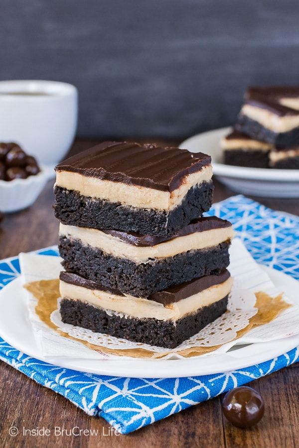 Coffee Cream Brownies - coffee frosting and dark chocolate add a fun coffee boost to these easy homemade brownies. Great recipe for after school or dessert!