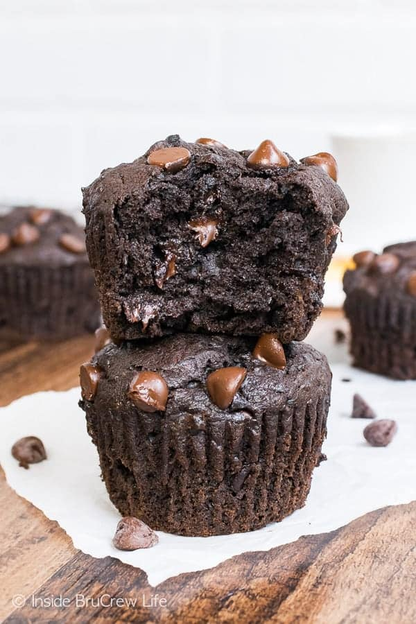 Dark Chocolate Banana Muffins - ripe bananas and two times the dark chocolate makes the best muffin. Great breakfast recipe!