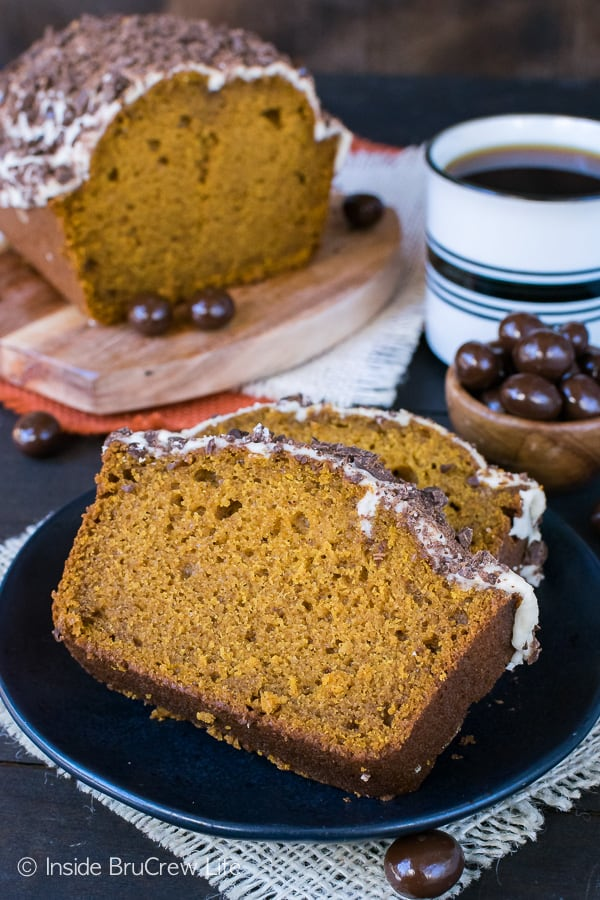 Pumpkin Spice Latte Bread - a coffee glaze and chocolate covered coffee beans makes this a must make pumpkin bread recipe for fall!