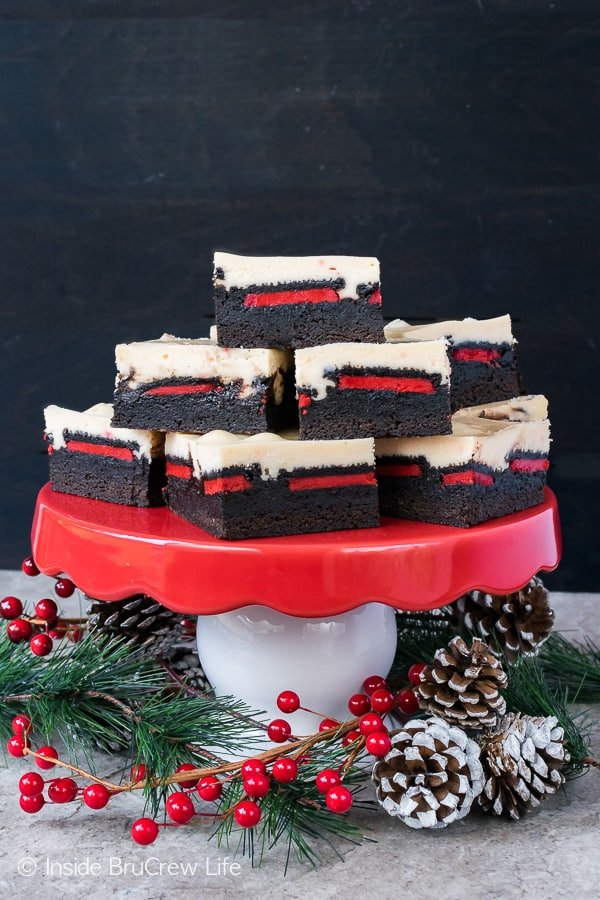Peppermint Cheesecake Oreo Brownies - this easy dessert has three layers of goodness in every bite. Great recipe for holiday parties!