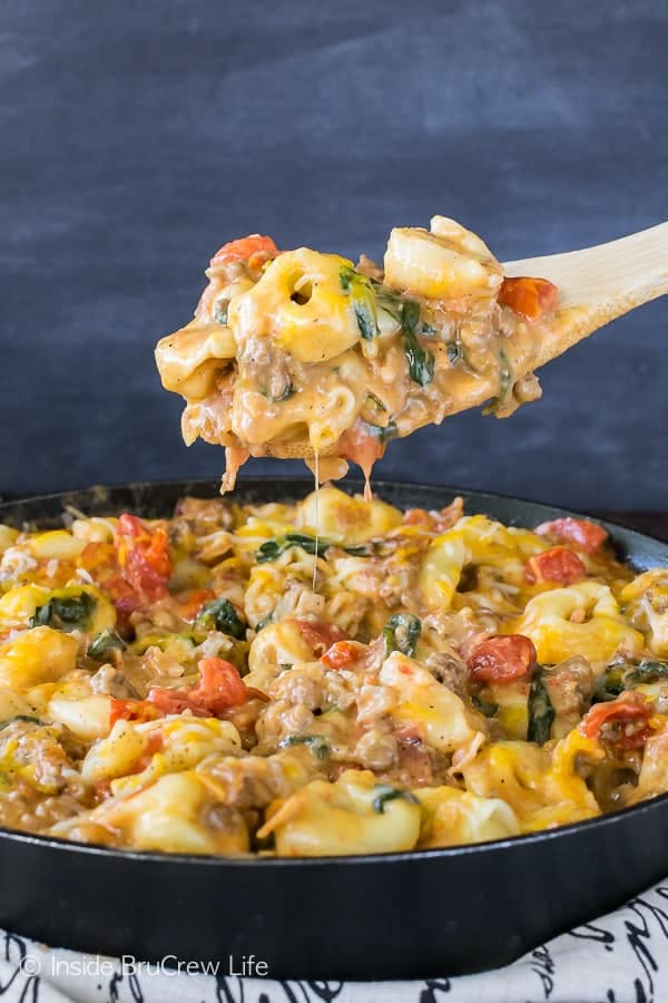 Bacon Cheeseburger Skillet Tortellini - this easy pasta dinner is loaded with meats, veggies, and cheese. Great recipe to have on the dinner table in under 30 minutes!