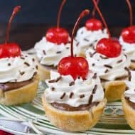 Mini Chocolate Cheesecake Pie Bites