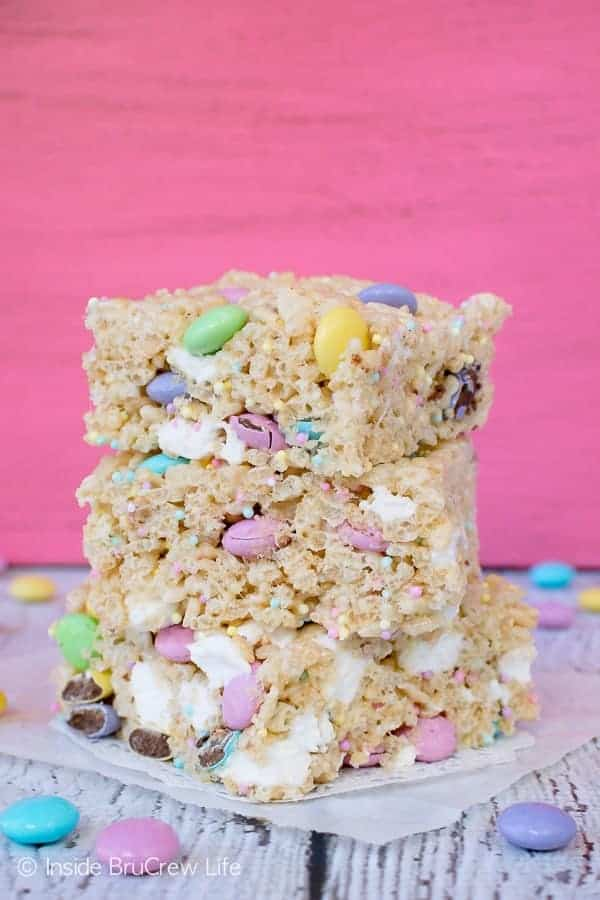 Easter Rice Krispies Treats - adding sprinkles and candies to the easiest no bake treat makes a fun holiday treat that will disappear in a hurry #nobake #ricekrispies #sprinkles #dessert #Easter #ricekrispiestreats #candy