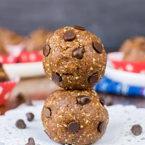 Healthy Peanut Butter Chocolate Chip Bites