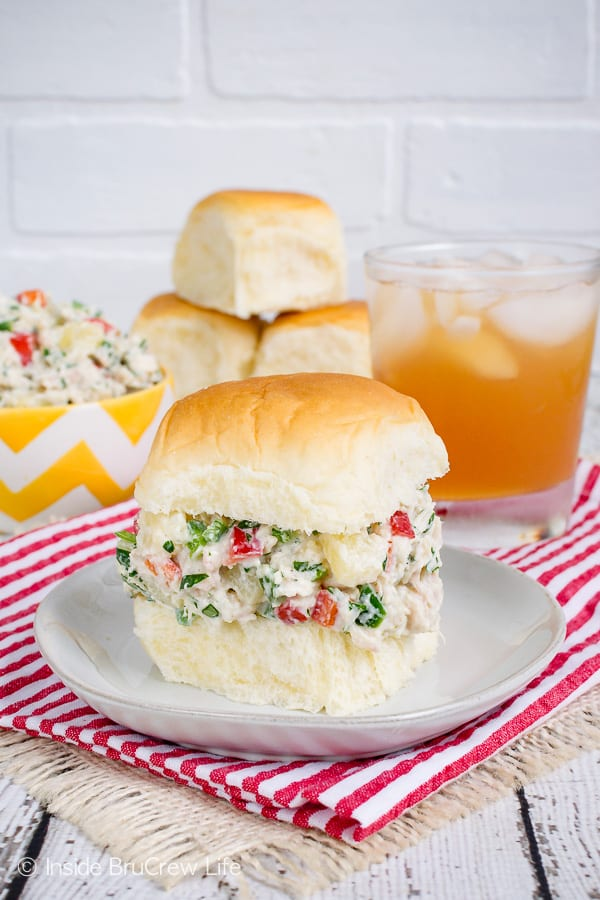 Hawaiian Chicken Salad - using yogurt makes this creamy chicken salad a healthy dinner option. Pineapple, nuts, and peppers add a fun twist to this easy recipe. #chicken #salad #healthy #dinner #picnicfood #easy #recipe #pineapple