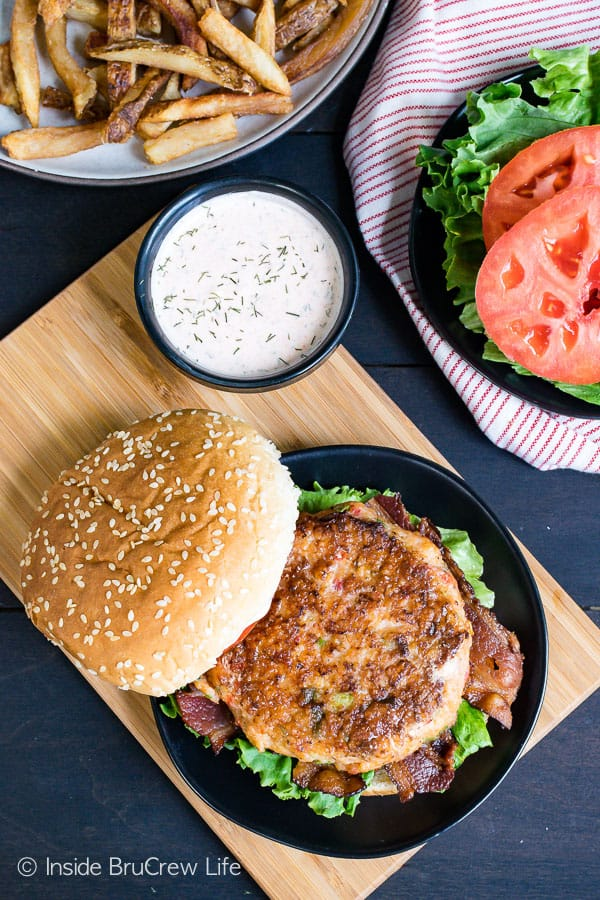 Homemade Cajun Shrimp Burgers - these easy shrimp burgers are loaded with lots of cajun flavor. Make this easy recipe and serve them on a bun or a lettuce wrap. #shrimp #burger #healthy #dinner #recipe #cajun #homemade