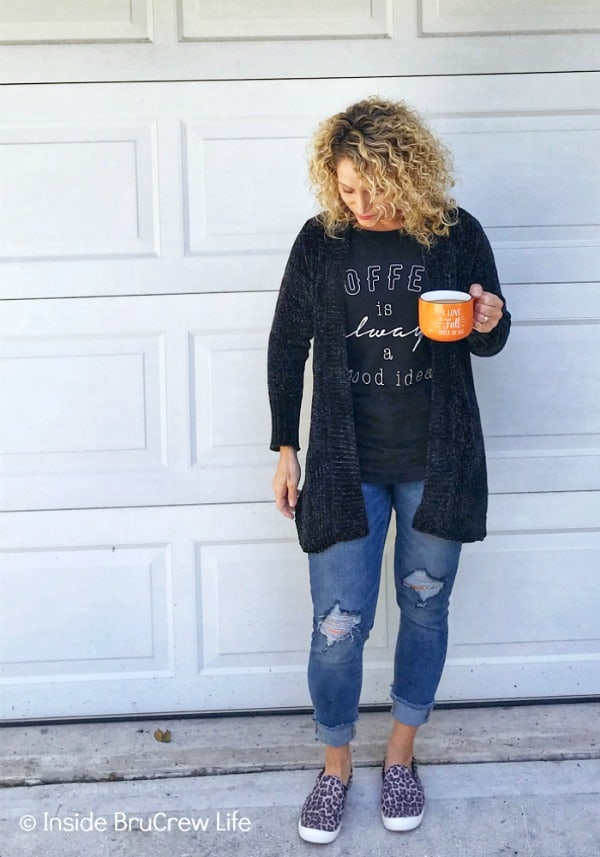 Fall Fashion Finds - this black sweater is the softest thing. It is great for layering over shirts and wearing with jeans or leggings. #fashion #shopping #target #targetstyle