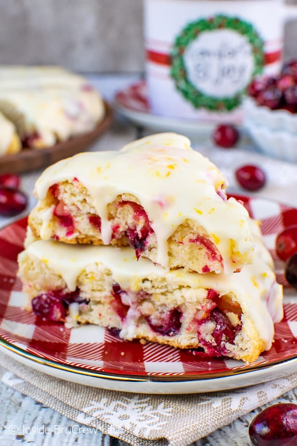 Glazed Cranberry Orange Scones - soft homemade scones with fresh cranberries and an orange glaze makes a delicious holiday breakfast! #scones #cranberry #orange #breakfast #holiday