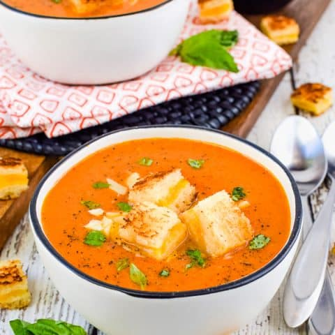 Best Creamy Tomato Soup Recipe