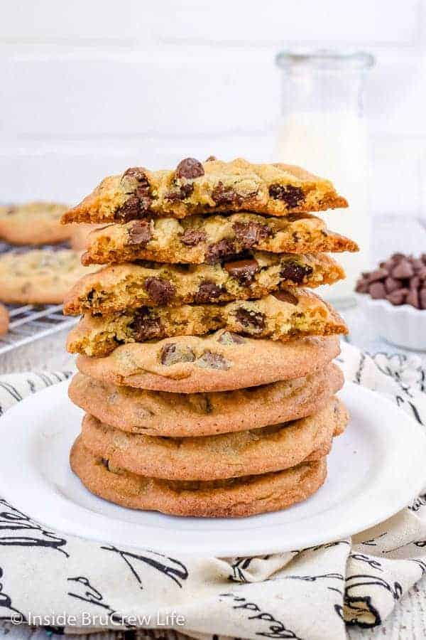 Our Favorite Chocolate Chip Cookies - crispy edges and a soft chewy center make these the best chocolate chip cookies. Make this easy recipe for bake sales or parties! It's a favorite with everyone! #cookies #chocolatechipcookies #easy #recipe