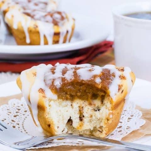 Pumpkin Pie Cinnamon Roll Cups