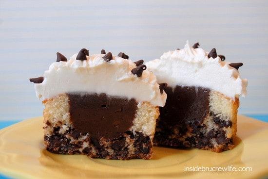 Chocolate Chip Nutella Cheesecake Cupcake