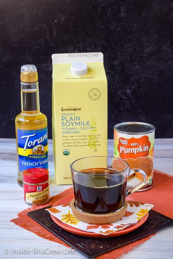 Sugar Free Vegan Pumpkin Spice Latte - use a sugar free syrup and soy milk to make this homemade latte delicious and healthy! Easy recipe to make this fall to save you time and money! #pumpkinspice #latte #vegan #sugarfree #coffee #fall