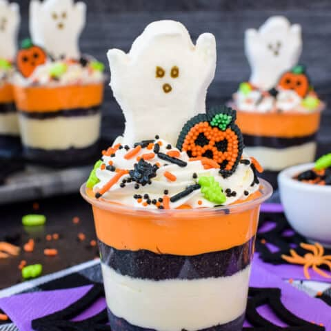 No Bake Halloween Cheesecake Parfaits
