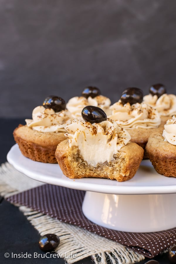 Tiramisu Cookie Cups - espresso powder and coffee whipped cream make these little cookie cups a fun treat for coffee lovers. #cookiecups #tiramisu #coffee #cookies #espressowhippedcream