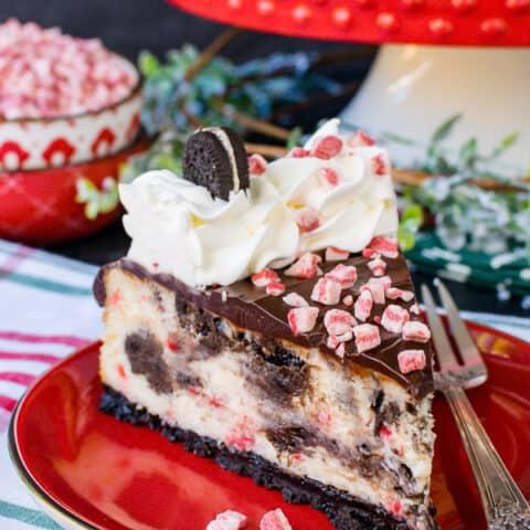 Peppermint Oreo Swirl Cheesecake