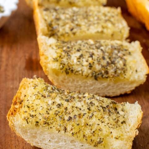 Easy Garlic Herb Bread