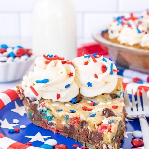 Patriotic Chocolate Chip Cookie Pie