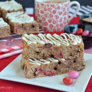 Raspberry Hot Chocolate Granola Bars
