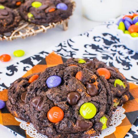 Halloween Chocolate Cookies and Cream Cookies
